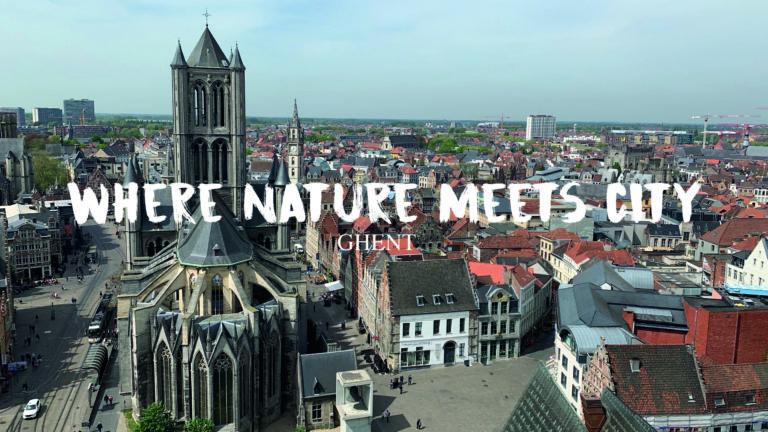 Deze foto is genomen vanop het Belfort. Hier heb je steeds een prachtig zicht over de stad Gent. Hier ben ik naartoe gegaan om de intro van mijn video te filmen. Dit is een goede opener voor de city video van Gent.